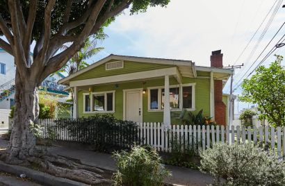 Charming Craftsman Home in Santa Monica For Sale!