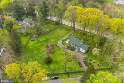 OPEN HOUSE Sunday, 12/8  1 – 4 pm 1270 Valley Rd in 19046