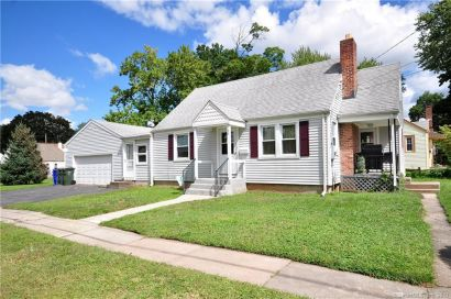 Completely Updated Cape Cod in Wethersfield!