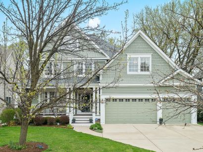 928 Waverly Road, Glen Ellyn