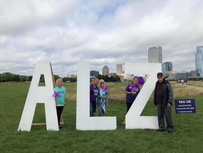 Walking to End Alzheimer's! #EndAlz #Walk2EndAlz