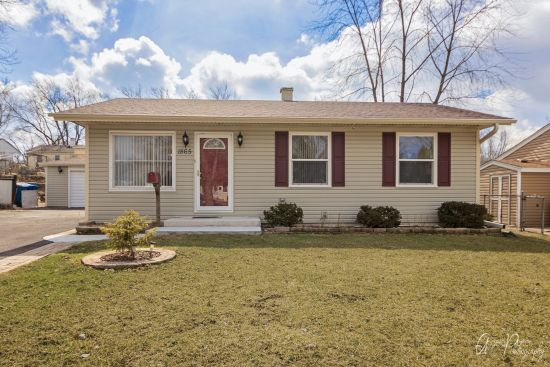 1865 Linden Ave – Hanover Park, IL