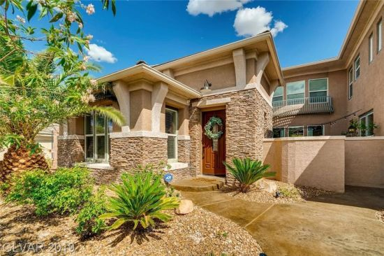 Beautiful Home in Guard Gated MacDonald Highlands