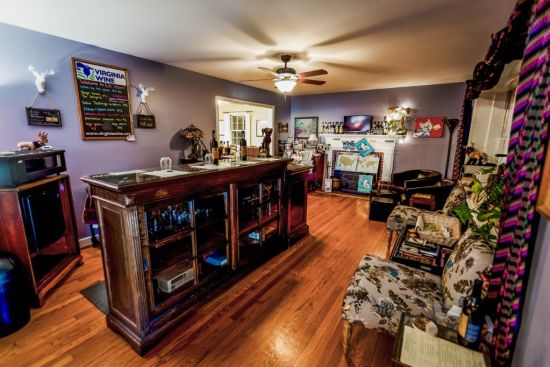 Local Business Spotlight: Elk Island Winery