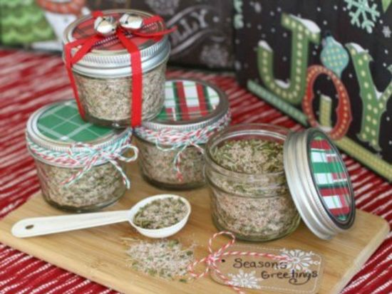 Homemade Gifts Your Neighbors Will Love
