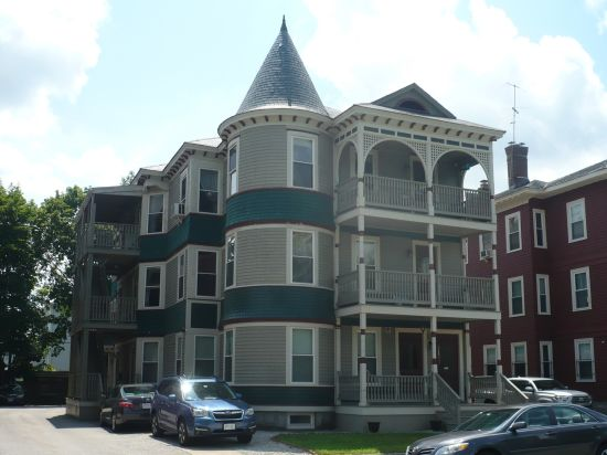 Just Sold! 2-BR Condo in 01609 – 142 Elm St, #5 – Worcester