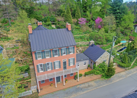 Open House at the iconic Pink House, Waterford – $1,699,000