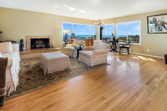 Gorgeous Ocean and Coastline Views! Minutes to the sand.Beautiful Malibu Home includes 4 bedrooms, 4 baths