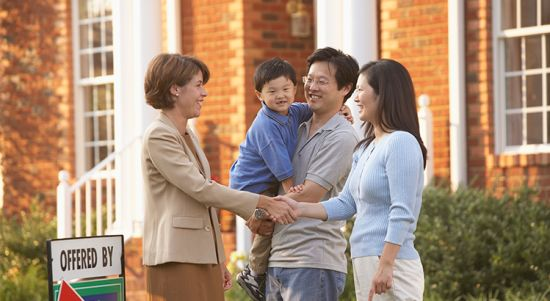 Here Are 5 Compelling Reasons To Sell Your Home This Summer!