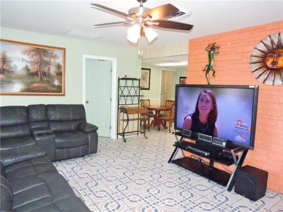 HOUSE FOR SALE IN MARGATE, FLORIDA
