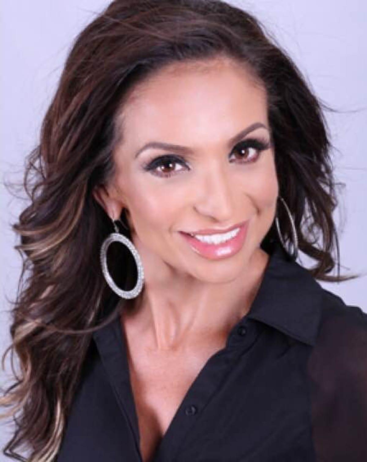 picture Monica Vera